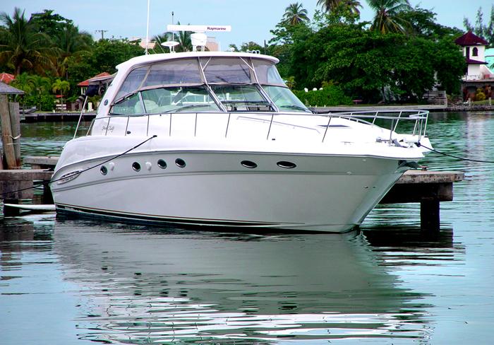 Cap Maison yacht