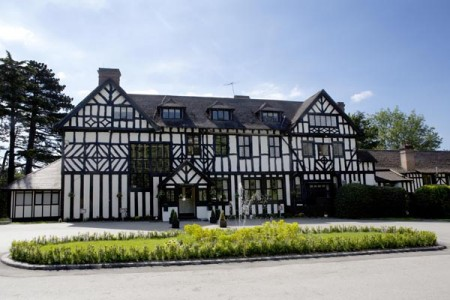 The Manor Hotel Exterior - high 1
