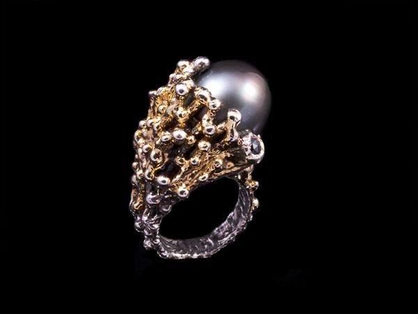 Palazzo Tahitian pearl ring from Zangara