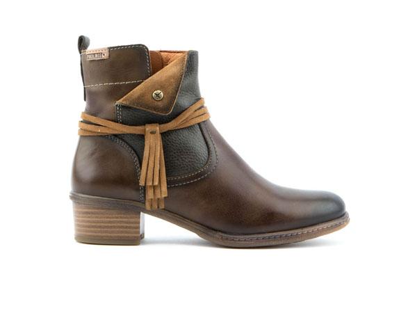 omaha-boots-from-pikolinos