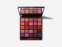 Be legendary cream lipstick palette from Smashbox