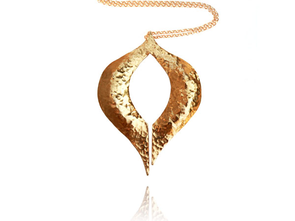 Venus pendant from blingsense